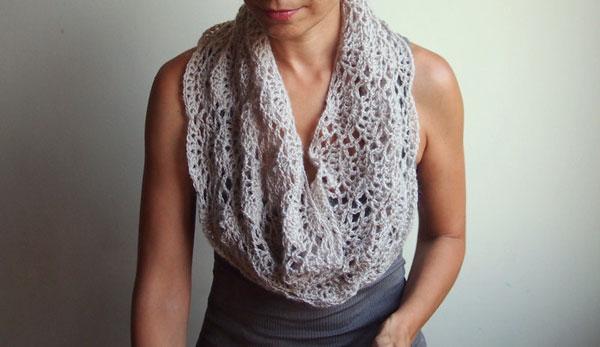 Crochet Infinity Scarf Tutorial For Beginners : Gallery For > How To Crochet An Infinity Scarf For ...