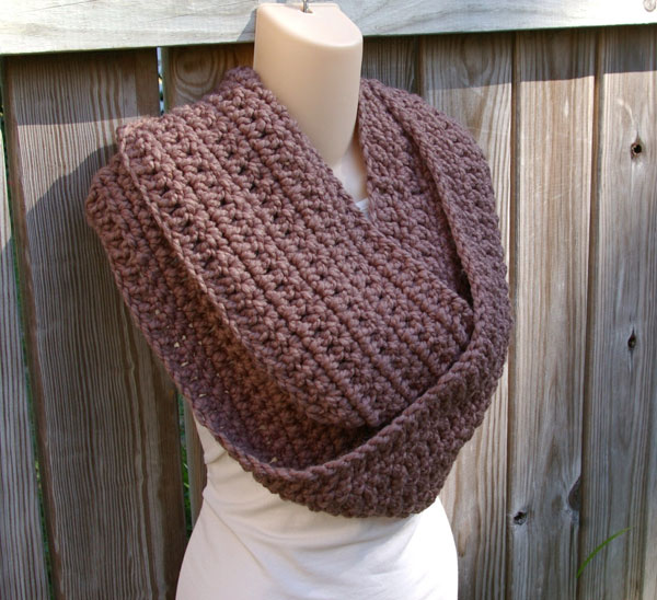 Crochet Pattern For Scarf Easy : Gallery For > Single Crochet Infinity Scarf